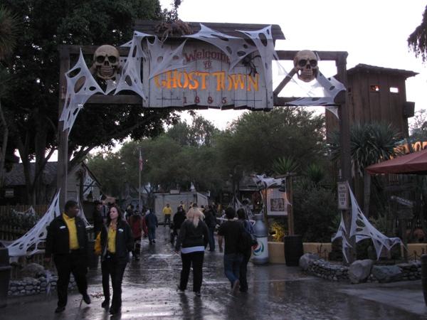Knott's Haunt 2010 – 0018