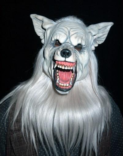 Knott's Haunt 2010 – Wolf scare