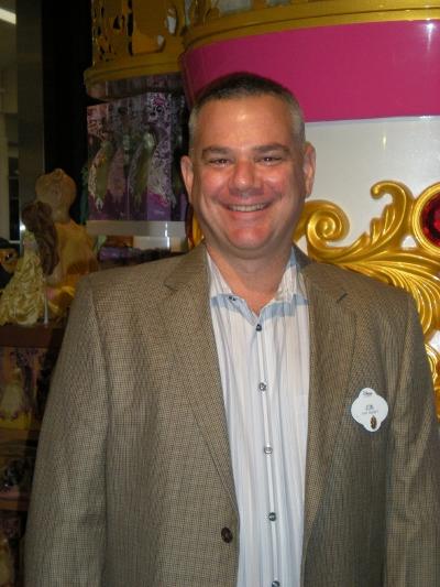 TDS Director of Global Marketing Jon Endicott @ Montebello (400×533)