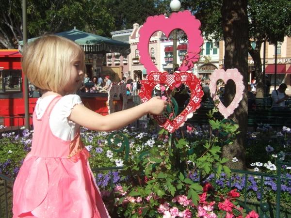 DL Valentine Town Square