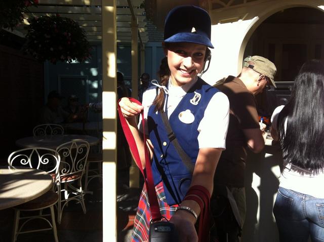 Disneyland_WaltsFootsteps__Emily