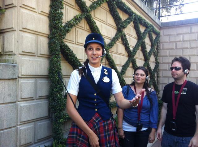 Disneyland_WiWFTour_emily2