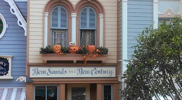 DL Omnibus Halloween Pumpkins 1 New Century