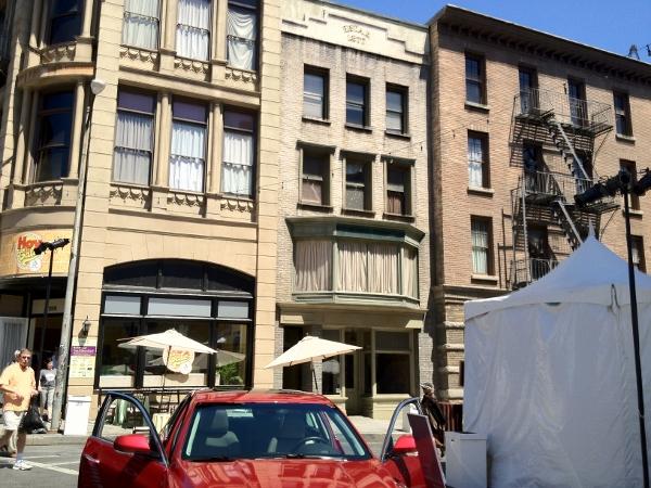DL Movie Studio Tours Paramount NY Street Neighborhood