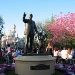 Disneyland_WaltsFootsteps_dlpartners